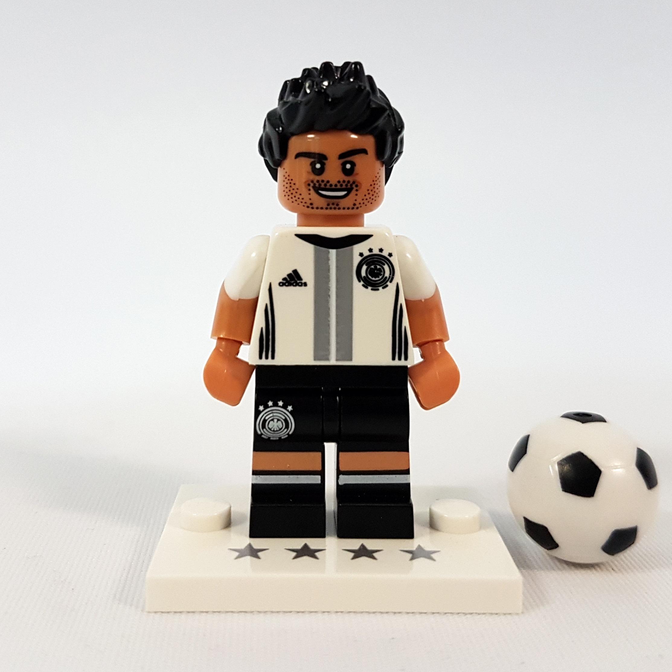 NEU ! Kapitän Bastian Schweinsteiger 7 71014 LEGO® Minifigures DIE MANNSCHAFT